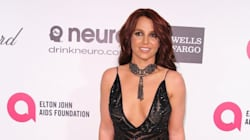Britney Spears Shows Off Major Cleavage At Oscar