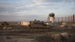 Israël bombarde des sites militants à Gaza et envisage de revenir à