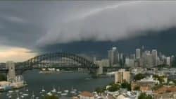 Cet orage à Sydney fait vraiment peur...