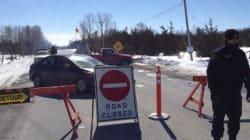 Des manifestants autochtones bloquent la voie ferrée près de