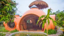 La casa-cupola bella, conveniente e sostenibile