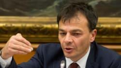 Renzi chiede il via libera su riforma del Senato e titolo