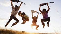 いろんな国の人に聞いた「若者の生活、親世代より良くなる?」日本は......