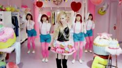 La réaction des Japonais au dernier clip d'Avril Lavigne va vous