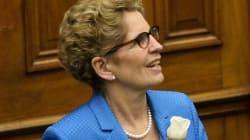 Régime de pensions en Ontario: Kathleen Wynne veut calmer le jeu avec