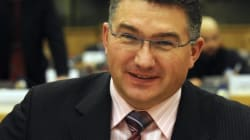 Tory MP Personally Delivers Supplies To Ukraine -