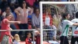 Despedida una empleada del Museo del Barça por este gesto racista