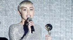 La novità dei World Music Awards '14? L'abito casto di Miley