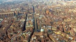 Bologna: guardare la città dal bancone di un