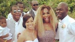 Serena Williams s'invite à un mariage... en maillot de bain