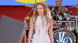 Jennifer Lopez's Dress Held Together By Safety