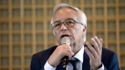 Faute d'inversion, Rebsamen veut une stabilisation du chômage sous les