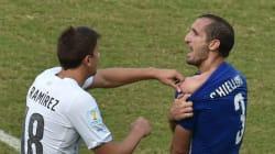 Le but (et la morsure) qui qualifient l'Uruguay et éliminent