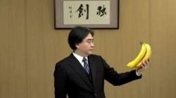 Pourquoi les internautes envoient des bananes au patron de