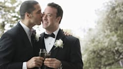 Le mariage gai s'étend mais la Cour suprême ne tranche pas sur le