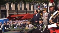 François Hollande sifflé, plusieurs personnes
