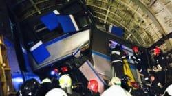 モスクワ地下鉄脱線、整備担当者2人を拘束 死者22人、過去最悪の犠牲者数