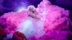 Découvrez le clip ultra kitsch de Paris Hilton