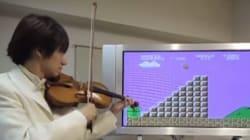 Il reproduit la musique et les bruits de Super Mario Bros au violon