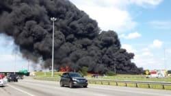 Un camion-citerne en feu sur l'autoroute 640: un mort