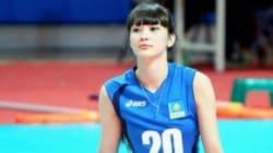 Sabina Altynbekova: trop belle pour jouer au volleyball?