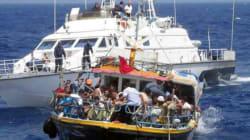 La Marina potrà affondare i barconi dei migranti