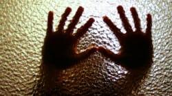 児童虐待、初めて年間7万件突破