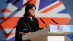 Une ministre britannique démissionne à cause de