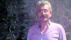 Un inedito Massimo D'Alema tra vino e tarallucci