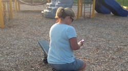 Chère maman sur ton iPhone : tu te débrouilles très