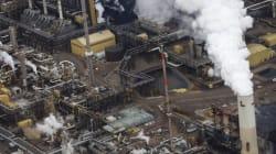 Critics Accuse Alberta Of 'Smokescreen' Emissions
