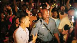 A Ferguson, la police se joint aux