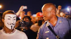 Un chef de police noir ramène le calme à Ferguson
