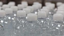 Cuidado! Reutilizar a sua garrafinha plástica de água pode ser