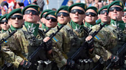 L'Ukraine montre ses muscles pour fêter
