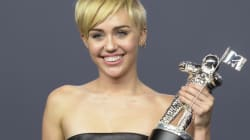 Grande gagnante des VMA, elle envoie un sans-abri chercher sa