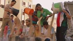 ガザの人々は氷水でなく、瓦礫をかぶった【動画】