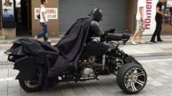 Un vrai Batman circule dans les rues