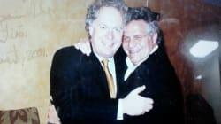 Tony Accurso pose avec Jean