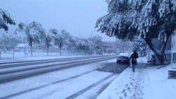 Une tempête de neige entraîne des pannes à Calgary