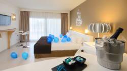 Se alloggi in questi 5 hotel dei avere un profilo Twitter, Foursquare e