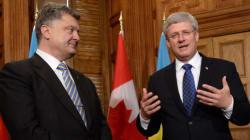Stephen Harper accueille le président ukrainien Petro Porochenko à Ottawa