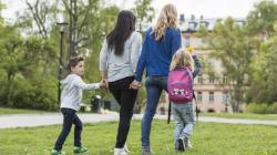 PMA et adoption: victoire emblématique pour les couples de
