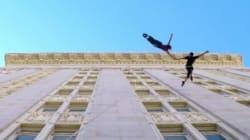 ビルの壁で踊るダンサーたちをGoProで撮ったら、まるで宇宙遊泳しているようだ(動画)
