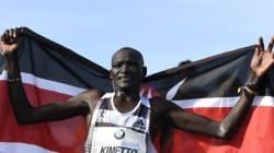 Le Kenyan Dennis Kimetto bat le record du monde du