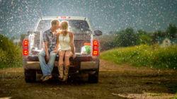 Même une tempête ne pouvait pas gâcher les photos de ce couple pour leurs