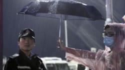 Hong Kong: les manifestants prodémocratie se rassemblent en masse