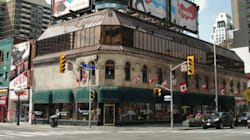 LOOK: 7 Iconic Toronto Stores That Are