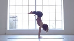 Yoga estremo. La grazia acrobatica di
