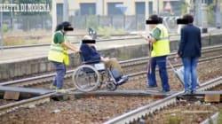 A Modena se sei un disabile e vuoi prendere il treno attraversa i